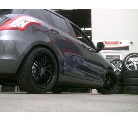 Vehicle Make: Suzuki<br>Vehicel Model: Swift 05 <br>Wheel Model: