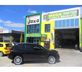 Vehicle Make: Jeep<br>Vehicel Model: <br>Wheel Model: OX111