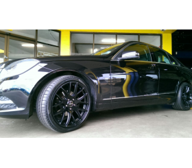 Vehicle Make: Mercedes<br>Vehicel Model: <br>Wheel Model: OX111