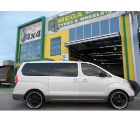 Vehicle Make: Hyundai<br>Vehicel Model: iLoad<br>Wheel Model: OX